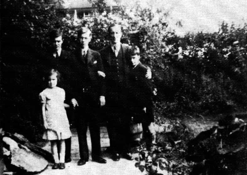 Семейна снимка, Нортмур роуд, 1936 г.