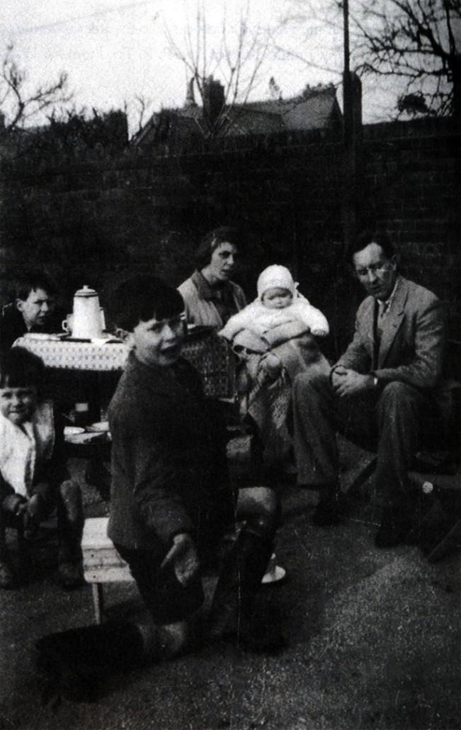 Толкин, Едит и четирите им деца, март 1930 г.